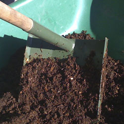 Mature compost from waterless toilet