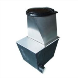 Compact urine diverting compost toilet