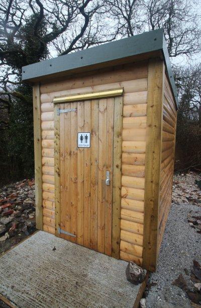 Waterless toilet for fishing lake